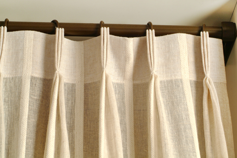 Cortinas de tela tradicional for Ganchos para cortinas de tela